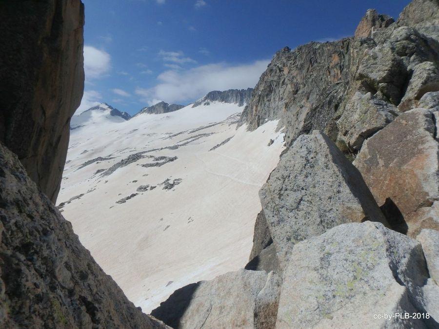 Sanfermines 2018: Esquiando el glaciar del Aneto un 7-jul