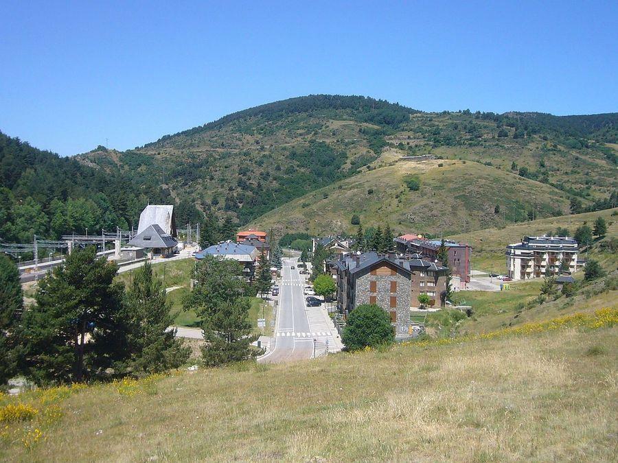 Barri estacio de La Molina d'Alp