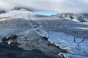 Otro glaciar que cierra: Passo Stelvio