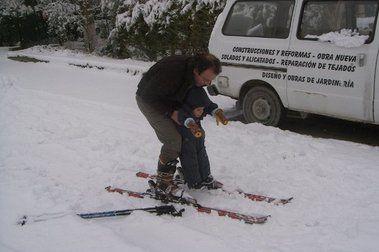 Nevando, y mucho en Colmenar de Oreja