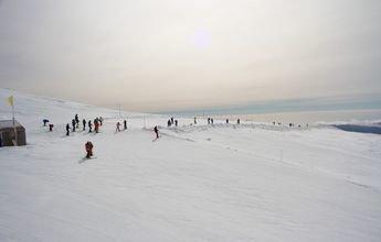 Sierra Nevada supera este fin de semana los 100 kms esquiables