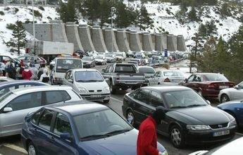 Navacerrada tendrá parquímetros en su aparcamiento