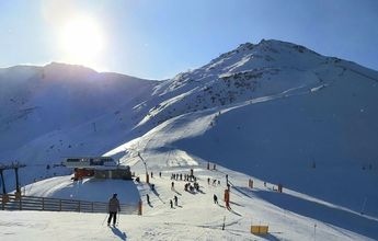 Aramón ya ha vendido 100.000 días de esquí esta temporada