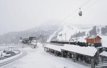 La nieve llega a Ordino Arcalís para mejorar las pistas