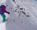 Graba su rescate tras quedar enterrado en avalancha