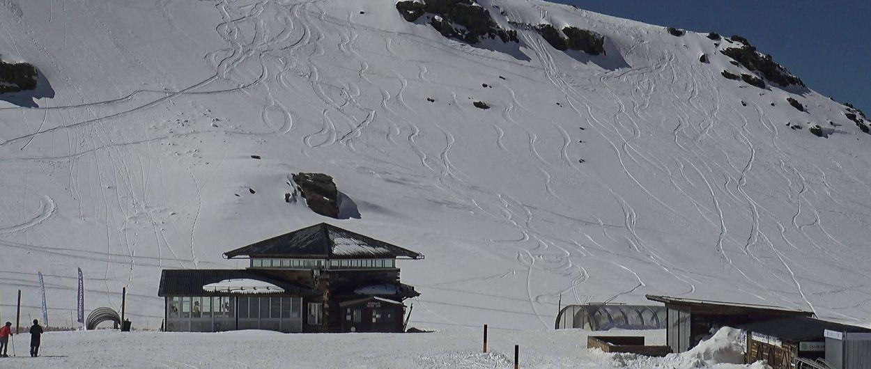 Los empresarios de la estación de esquí Sierra Nevada lamentan la poca ocupación estos días