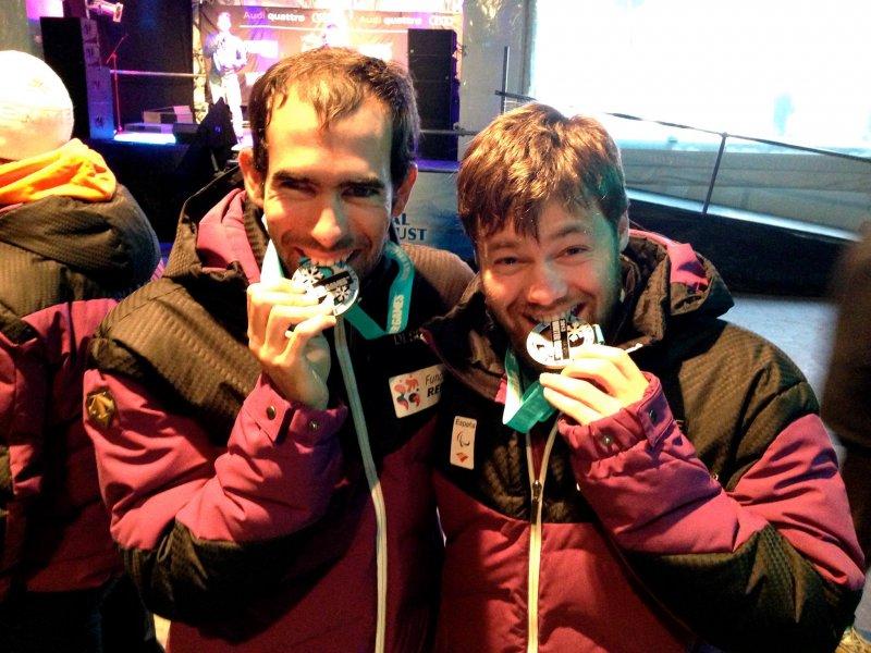Fotografía de Gorce y Ferrer en el podio