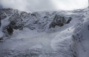 220 personas evacuadas de Saas Fee por el derrumbamiento de un glaciar