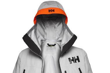 La Helly Hansen Elevation Infinity Shell Jacket incluye la LIFA Infinity Pro
