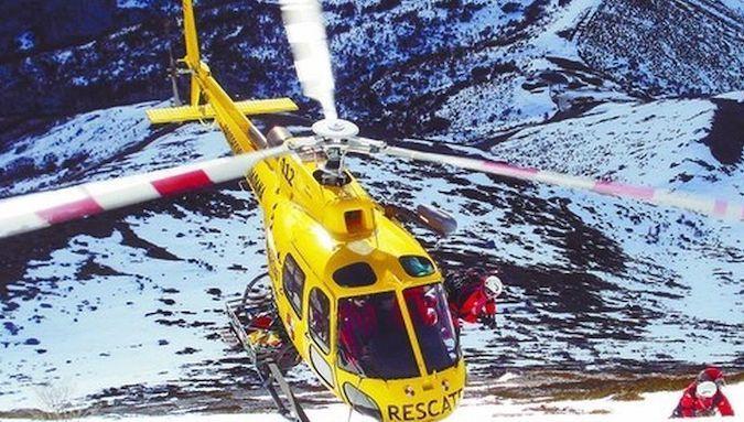 Choque de esquiadores termina con un fallecido