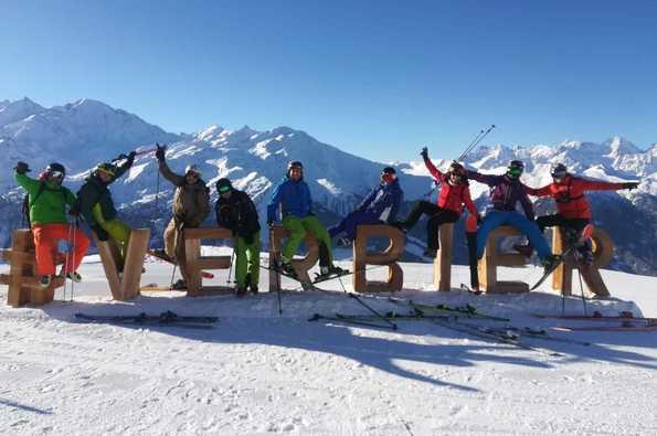 Semana de esquí en Suiza del Perro Loko Team y Asociados