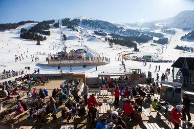 Grandvalira empieza a abrir bares y restaurantes del sector esquiable de El Tarter