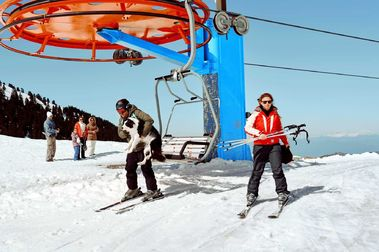 Cierran las estaciones de esquí en Grecia por el Coronavirus