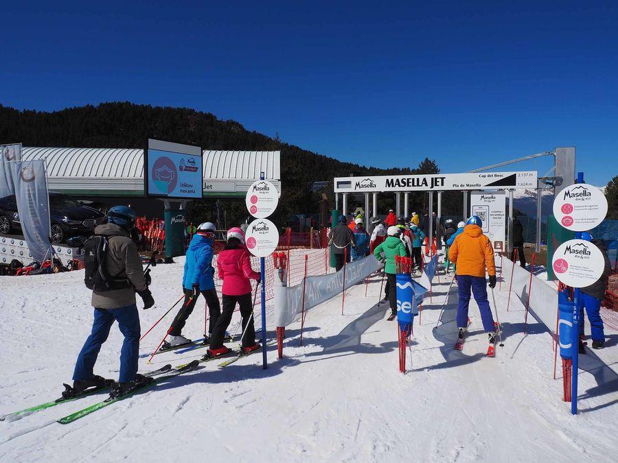Imágenes de Masella en temporada de esquí con nieve
