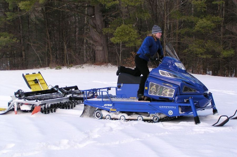 Sherpa Snow Mobile