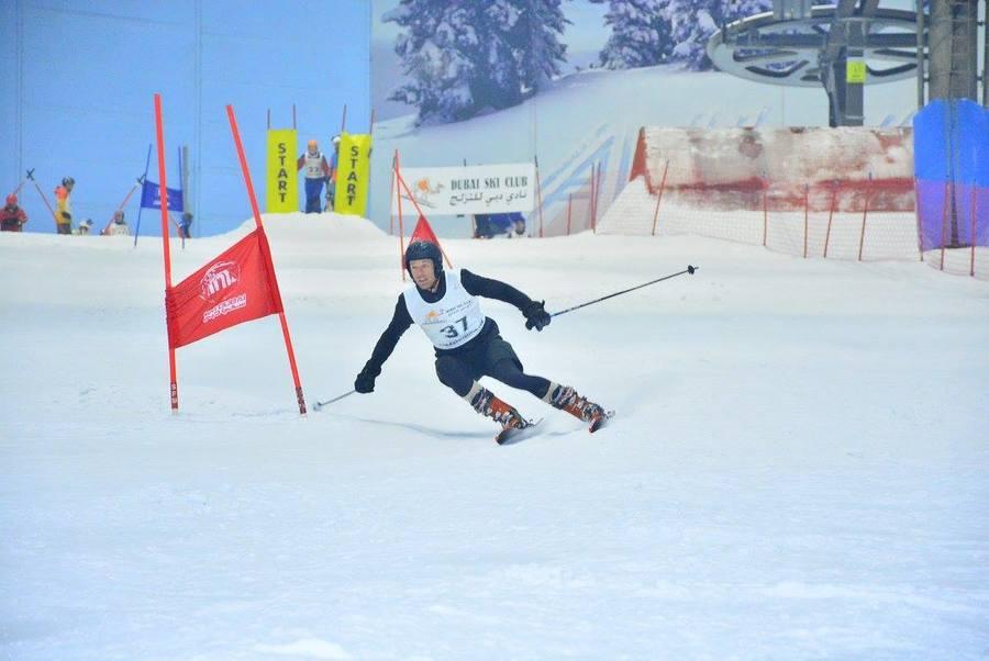 carrera de esqui en Ski Dubai