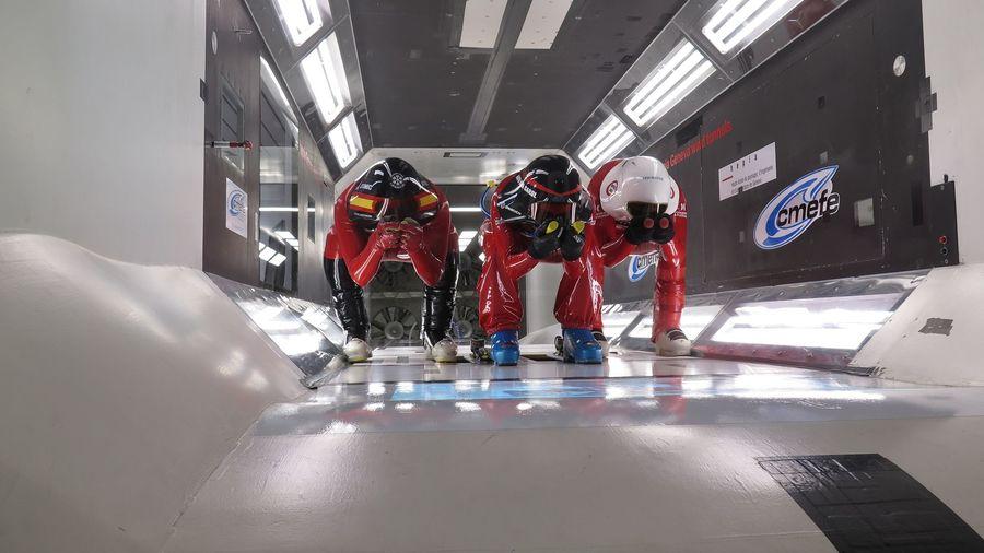 Imágenes del equipo de Kilometro Lanzado de la RFEDI España en Túnel de viento