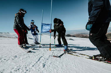 Ya se podrá ir a esquiar a Sierra Nevada desde cualquier municipio andaluz
