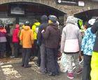 Colas en Ordino-Arcalís para comprar el forfait de esquí