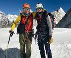 Sancionados por esquiar ilegalmente en el Everest