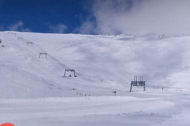 Les 2 Alpes será el primer glaciar que abre al esquí en Francia