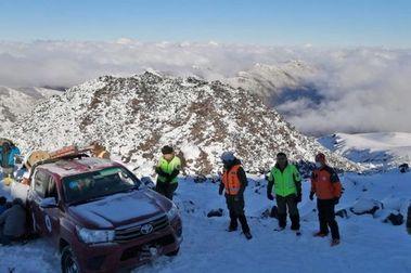 Carabineros rescató a equipo del Sernageomin atrapado en Nevados de Chillán