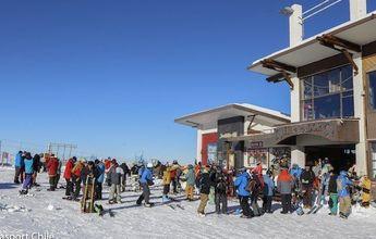 """Se autoriza funcionamiento de centros de ski en """"Transición"""""""