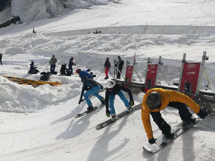 SnowboardCross Span Snow