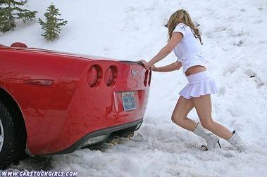 10 errores que no debes cometer cuando conduces con nieve