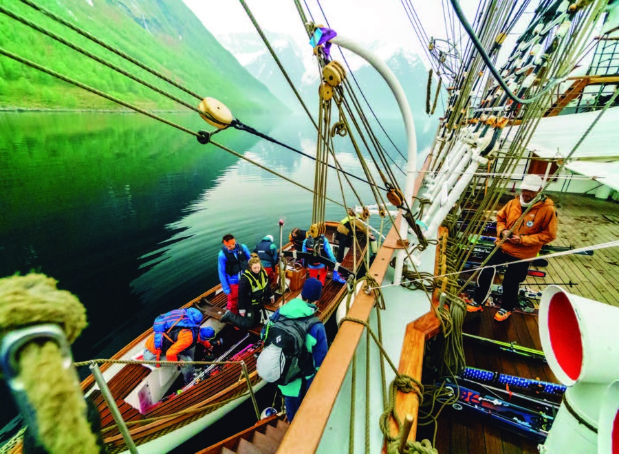 Montañas a vela: Ski & Sail en Noruega @Marc Gasch
