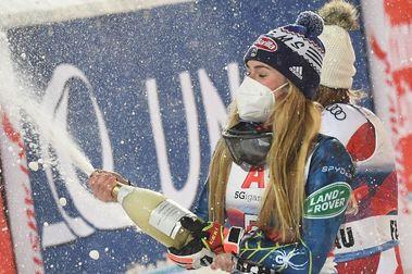 Mikaela Shiffrin logra en Flachau su primera victoria en más de 1 año