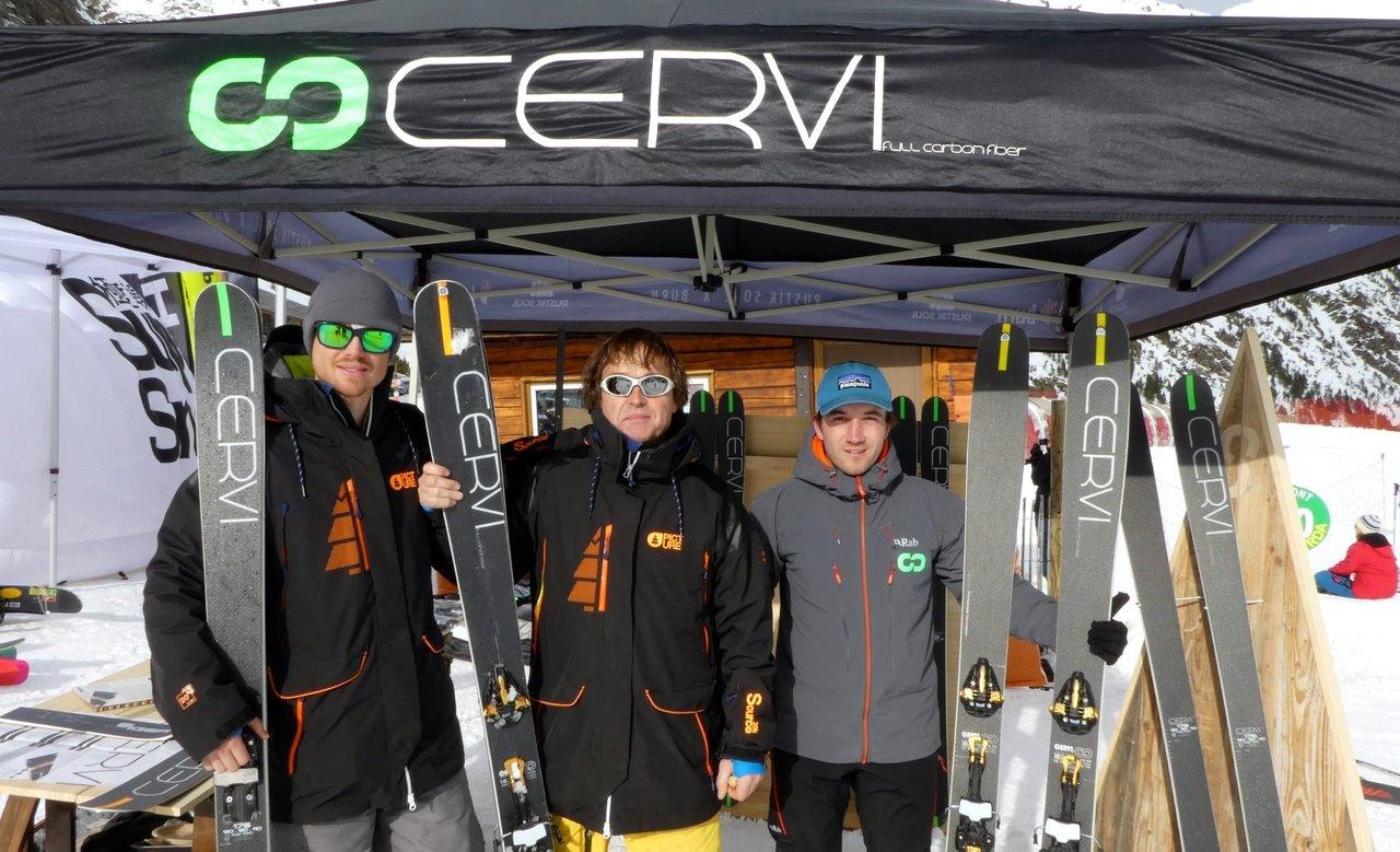 Esquís españoles y artesanos, CERVI.  por Alvaro Urzaiz