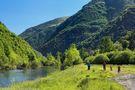 Rutas llanas por el fondo de valle y rutas más exigentes de alta montaña BTT