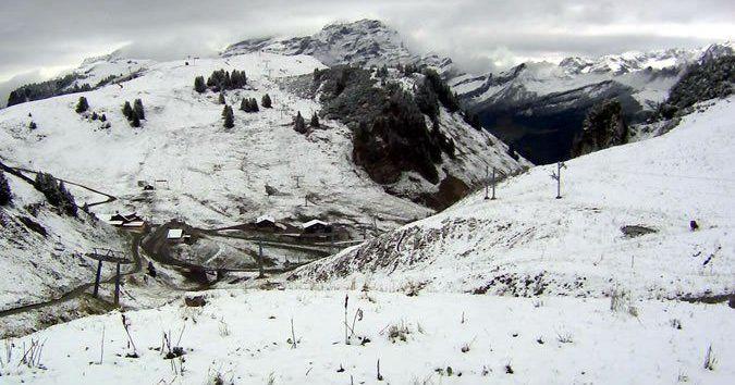 Primera nevada general en Alpes