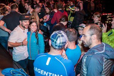 Aymar Navarro y sus colegas la montan en la premier de South Lines