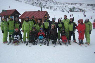 Primer curso de especialización de esquí adaptado