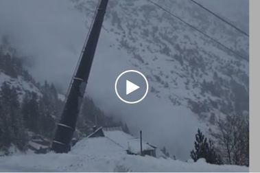 Ordino Arcalís provoca aludes controlados por la acumulación de nieve