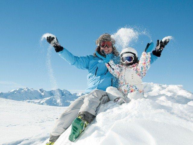 Resultado de imagen de dia en la nieve