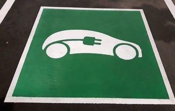Recarga gratis tu coche eléctrico mientras esquias en Hintertux