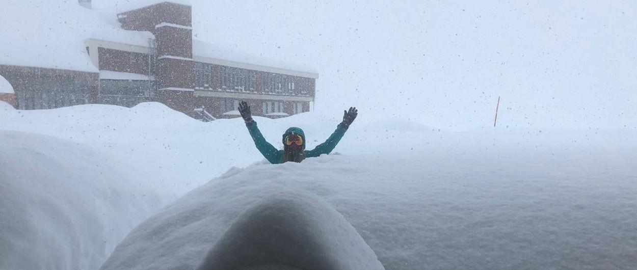 Las estaciones de esquí de Chile y Argentina se ahogan en nieve sin poder abrir por el COVID