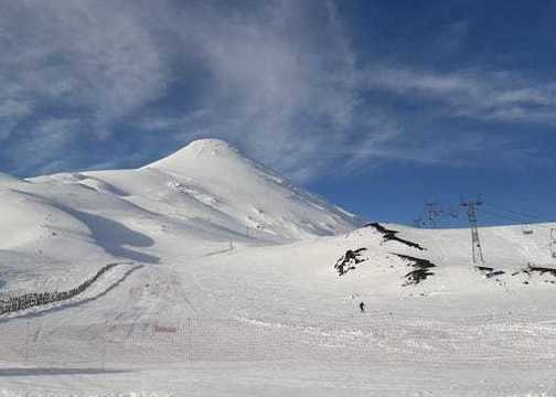 Volcán Osorno dio inicio a la temporada de turismo de invierno