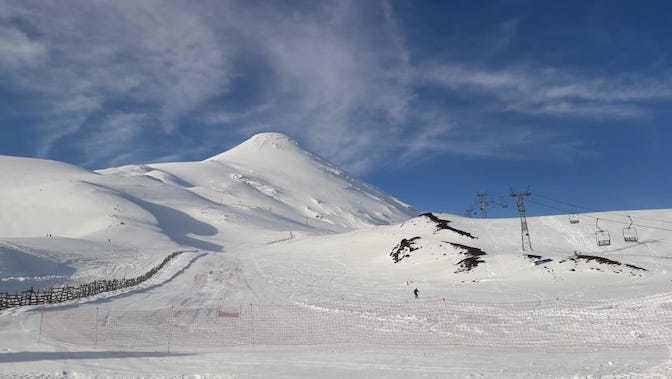 ¿Adónde ir a esquiar con buena nieve en Octubre?