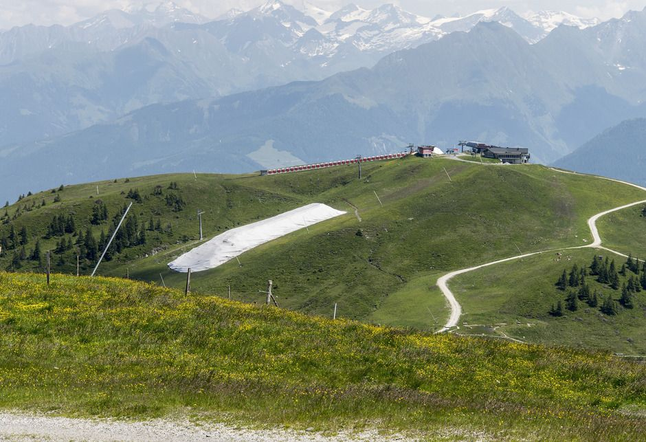 Depósito de nieve en Kitzbühel