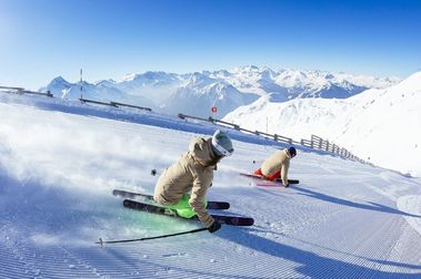 ¿Por qué las estaciones de esquí quieren hacerse muy grandes?