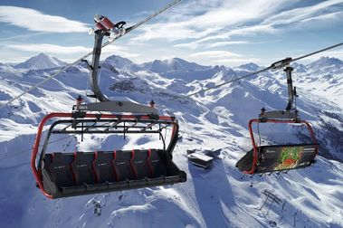 Ischgl coloca el primer telesilla de 8 plazas calefactado de Suiza