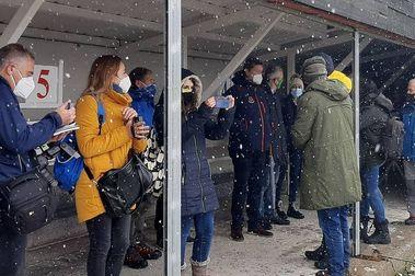 Candanchú inaugura su nuevo estadio de biatlón bajo una ligera nevada
