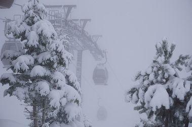 Baqueira Beret abre 62 km y su snowpark tras una intensa nevada