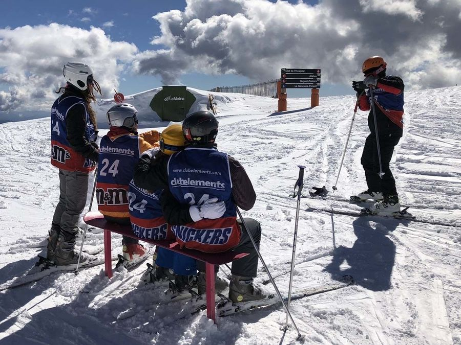 Las 10 cosas que todo esquiador debe hacer antes de subir a pistas