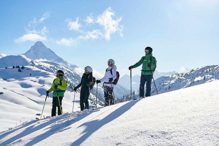 HEAD esquiadores