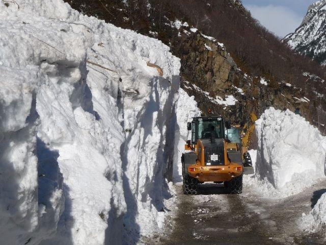 Cuatro dias aislados por la nieve en llanos del hospital - Spa llanos del hospital ...
